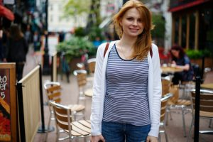 Interviewer Kristina